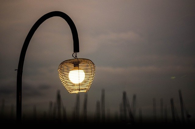 Exteriérové osvětlení je výsadou výbojky